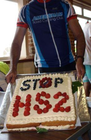 Stop HS2 cake at cycle race in the Lee