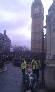 Half an hour before appearing in front of the committee, Alex arrives at Parliament.