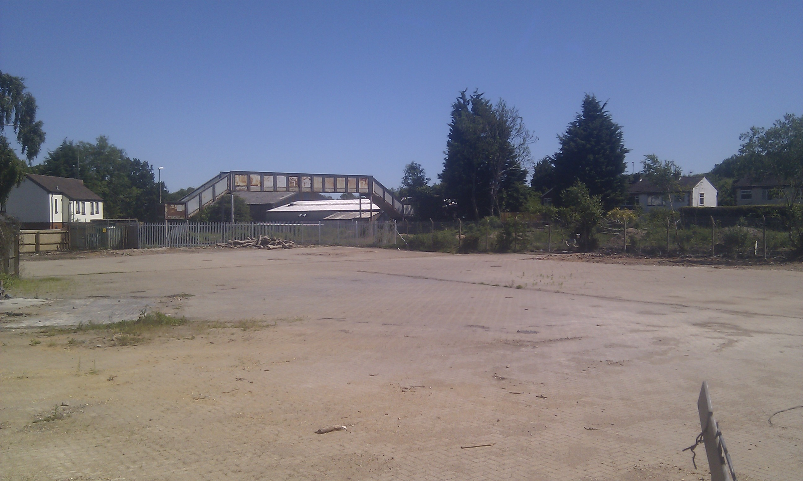 The former and future Kenilworth Station site, with not a lot of work going on.